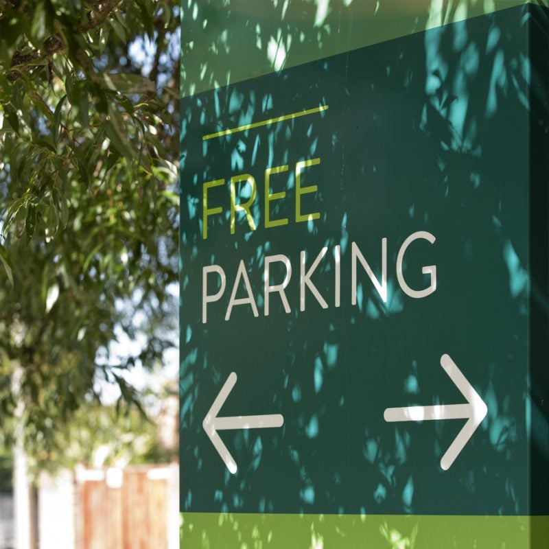 free parking way-finding signage for crown glass shopping centre